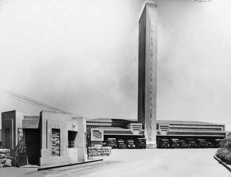 Pyrmont Incinerator, Sydney. Photograph courtesy Powerhouse Museum.